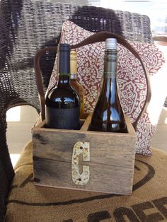 Rustic 4-Bottle Wine Caddy, Wine Tote by CharaWorks.Etsy.com