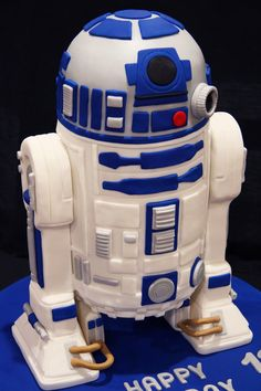 Star Wars Party R2D2 Cake Leonie's Cakes and Parties . . . . .
