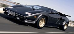 http://chicerman.com  carsthatnevermadeit:  Lamborghini Countach 5000 Quattrovalvole (QV) 1985. The mid-80s evolution of the 70s supercar was bored and stroked to 5167 cc and given four valves per cylinder. 610 car were built  #cars