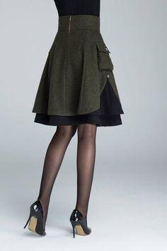 Short wool skirt winter skirt wool skirt with pockets Jupe Skater, Green Wool Coat, Winter Skirt, Layered Skirt, Wool Skirts, Women's Skirts, Skirts With Pockets, Casual Fall Outfits, Look Cool