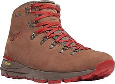 online shopping for Danner Men's Mountain 600 Hiking Boot from top store. See new offer for Danner Men's Mountain 600 Hiking Boot Best Hiking Boots, Leather Hiking Boots, Hiking Boots Women, Men Hiking, Hiking Shoes, Hiking Gear, Hiking Clothes, Winter Hiking, Rugged Style
