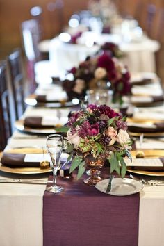 18 Table Runners That Will Transform Your Wedding Table Gold Table Decor, Plum and Gold Settings, Plum and Gold Wedding Decor. Could also switch to silver instead of gold. Fall Wedding Colors, Burgundy Wedding, Ivory Wedding, Eggplant Wedding Colors, Aubergine Wedding, Purple And Gold Wedding, Wedding Vintage, Gold Table Decor, Lace Table