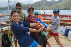 After spending five days at St. John, USVI, their first Caribbean touchpoint, traditional voyaging canoe Hokulea set sail again this morning for its next destination: the neighboring British Virgin Islands. The crew left the US Virgin Islands at 2:00 p.m. (Friday, 8:00 a.m. HST). The current leg of …