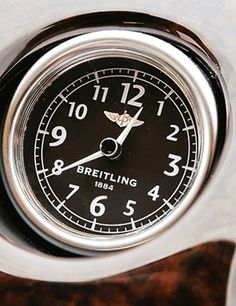 Cars and Watches – Link Between the Beauties and the Beasts Men's Watches, Watches For Men, Bentley Flying Spur, Led Watch, Bentley Continental, Young Models, Mans World, Color Lines, Breitling