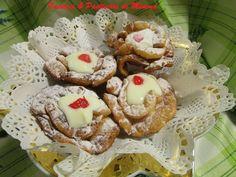 Fiori di Carnevale con crema di ricotta da Pasticci e pasticcini di Mimma su Akkiapparicette