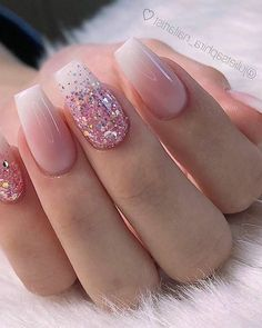 28 Charming Nails For When You Have Nothing to Try 2019 dipglitternails luxury nails - tj nails - style - model - pic Glitter Nailsnailsvibez By julietsaphira nailartist source fashion b 8 White Acrylic Nails, Summer Acrylic Nails, Best Acrylic Nails, Spring Nails, Summer Nails, White Nails With Glitter, Acrylic Nail Designs Glitter, Pink Nail Designs, Rose Gold Nails