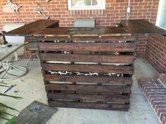 Easy Pallet Bar DIY Pallet Bars