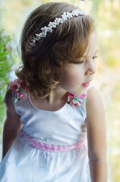 flower girl headband, flower girl crown pearl, flower girl headpiece, flower girl head wreath, flower girl flower crown, red, white, ivory