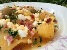 Esta sencilla y humilde cazuela de patatas a la malagueña puede resultar sorprendente por lo completa y buena que queda partiendo de un...