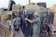 Division Examples, Us Armor, Armoured Personnel Carrier, Vietnam War Photos, Military Equipment, Vietnam Veterans, Picture Tag, Military Aircraft, Military Vehicles