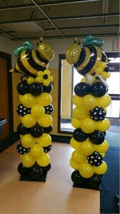 Trendy Baby Shower Ides Bumble Bee Themed Parties Ideas in 2019 Baby Shower Parties, Baby Shower Themes, Shower Ideas, Shower Party, Deco Jungle, Bumble Bee Birthday, Mommy To Bee, Balloon Columns, Balloon Backdrop