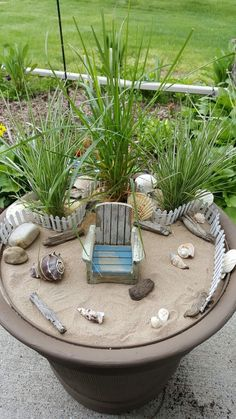 "Beach fairy garden. I wonder if this would help me to ""envision"" my beach house... #minigardens"