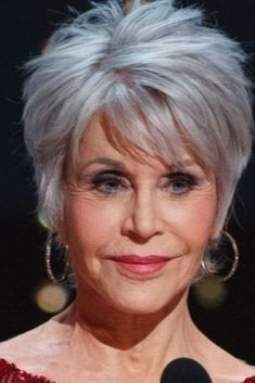 Edgy Short Haircuts, Haircuts For Thin Fine Hair, Short Hairstyles For Thick Hair, Older Women Hairstyles, Short Hair Styles, Hairstyles For Over 60, Haircuts For Women, Easy Hairstyles, Short Hair Over 60