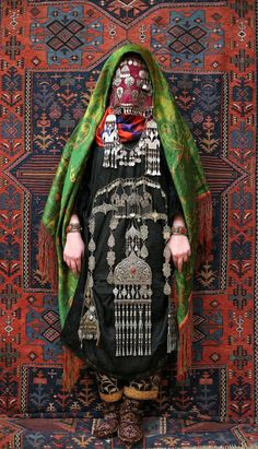 Avar woman (Caucasus), old wedding traditional costume. Ethnic groups living in the Russian republic of Dagestan, village Rugudja, tribal caucasian rug, silver jewelry. We Are The World, People Around The World, Around The Worlds, Traditional Fashion, Traditional Dresses, Traditional Weddings, Costume Ethnique, Look Festival, Wedding Costumes