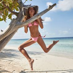 Afbeeldingsresultaat voor kristina pimenova in bikini Teen Models, Young Models, Child Models, Bikinis For Teens, Kids Swimwear, Cute Young Girl, Cute Girls, Kristina Pímenova, Inka Williams