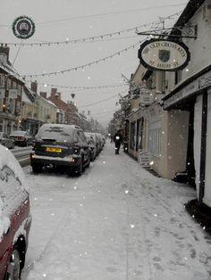 Snow on High Street, Stony Stratford my home town :)