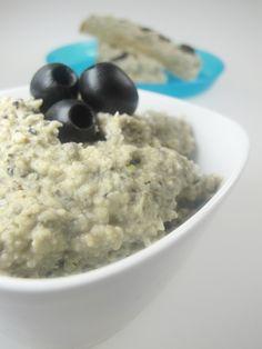 Výborná pomazánka z bílých fazolí a černých oliv - DIETA. Oatmeal, Breakfast, Food, Diet, The Oatmeal, Morning Coffee, Rolled Oats, Essen, Meals