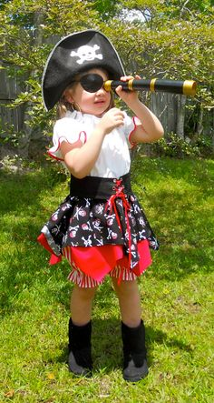 Welcome to my Girly Girl Creations This is a beautiful 3 piece girls pirate dress perfect for Halloween, dress up or any other occasion Pirate Costume Kids, Pirate Boy, Pirate Tutu, Pirate Dress, Halloween Kids, Halloween Party, Halloween Costumes, Halloween Dress, Disney Dream Cruise