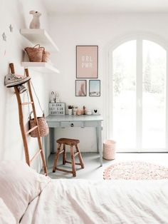 34 Cozy Scandinavian Kids Bedroom Design Ideas - HMDCRTN