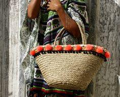 Pompom beach bag/straw pom pom basket/Straw by JavaSpirit on Etsy