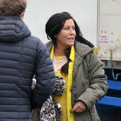 Kat and Alfie are back! First look at EastEnders spin-off series Redwater Jessie Wallace, Moving To Ireland, Red Water, Bbc One, New Series, New Shows, Spinning, Actresses, Tv