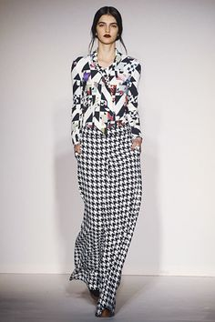 Modern Textiles. CRAZY beautiful combos. Basso and Brooke. London. Fall/Winter RTW 2012. Follow pins and tweets @Giselle Pantazis Ugarte