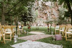 bohemian ceremony decor - photo by Our Love is Loud http://ruffledblog.com/river-bend-colorado-wedding