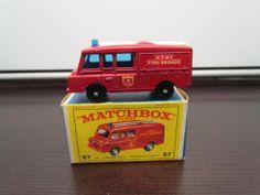 Vintage 1966 LAND ROVER FIRE TRUCK by Lesney Matchbox #57C Regular Wheels w/ Box