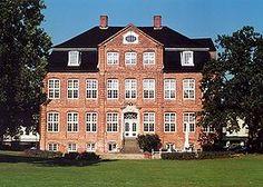 Pinneberg, Germany Germany, Mansions, House Styles, Home Decor, Mansion Houses, Homemade Home Decor, Manor Houses, Fancy Houses, Deutsch