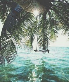 Meglio essere pazzi e vivere in un mondo tranquillo, che essere tranquilli e vivere in un mondo di pazzi