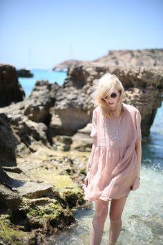 epic summer and wide dresses - BEKLEIDET - Modeblog / Fashionblog GermanyBEKLEIDET – Modeblog / Fashionblog Germany