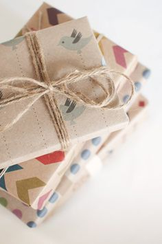 Four Creative Wrapping Paper Ideas - Gift-Wrap Ideas - Paper Present Wrapping, Creative Gift Wrapping, Creative Gifts, Paper Wrapping, Wrapping Ideas, Paper Packaging, Pretty Packaging, Gift Packaging, Noel Christmas