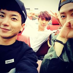 """Leeteuk, Donghae and Eunhyuk Red Convertible-""""Global Song Request For You"""" 2014-full funny story told by Donghae"""