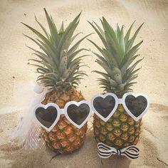 Aloha from Hawaii ! They are so cute♡ パイナップルの新郎新婦様がとってもキュート! ウェルカムドール風にゲストをお迎えいただきます♡  #Hawaii #hawaiiwedding #beach #beachwedding #pineapple #brideandgroom #decoration  #felicity #leawedding #aloha  #ハワイ #ハワイウェディング #ウェディング #ビーチ #ビーチウェディング #パイナップル #ウェルカムドール #デコレーション #フェリシティ #レアウェディング #アロハ