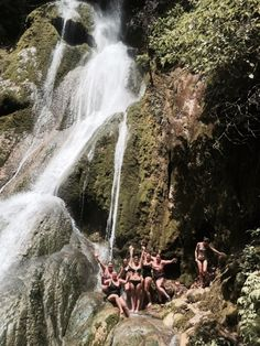 Cascade waterfalls - Vanuatu Vanuatu, Amazing Places, Waterfalls, The Good Place, Explore, Outdoor, Outdoors, Outdoor Games, The Great Outdoors