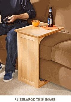 Exactly what ive been looking for! Sofa Server Woodworking Plan.... great for a bed too!