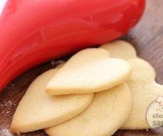 BAYATLAMAYAN KURABİYE Tarifi   Ellerime Sağlık Cheese, Food, Essen, Meals, Yemek, Eten