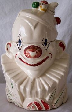 McCoy Cookie Jars--Clown Cookie Jar 1943