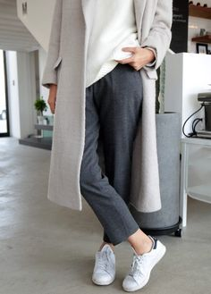 Cropped pants, white sweater, light grey coat + #stansmiths | Styletorch.com
