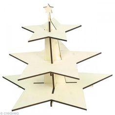 Créava - Plateau de présentation 3 étages à décorer - Etoile 40 x 32 cm - Artemio Ou là : https://www.scrapmalin.com/loisirs_creatifs/p-support-a-decorer-en-bois-plateau-etoile-40-5-x-40-5-x-3-cm-192554.html