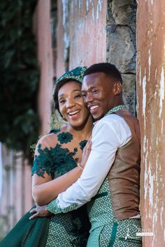 Bontle bride is a wedding magazine with a flavour of culture. Featuring traditional weddings, tips, wedding related articles and ideas. Green Wedding Decorations, Groomsmen Outfits, Shweshwe Dresses, South African Weddings, African Wedding Dress, Formal Dance, The Way He Looks, The Costumer, Wedding Blog