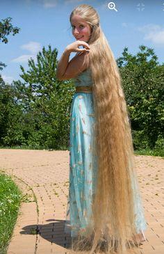 99470893 Pin by Jeffrey Torres on Super Long Hair Models Beautiful Long Hair, Gorgeous Hair, Waist Length Hair, Long Hair Models, Really Long Hair, Rapunzel Hair, Natural Hair Styles, Long Hair Styles, Girl Hairstyles