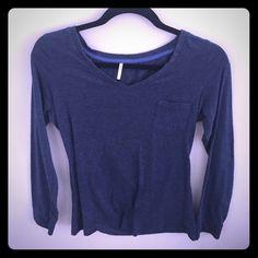 Navy blue tight fitting tee long sleeve Large but fits like small/medium. V neck Tresics Tops Tees - Long Sleeve