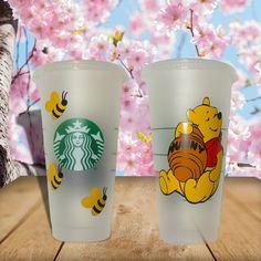 Starbucks Glitter Cup, Starbucks Cup Gift, Starbucks Cup Design, Disney Starbucks, Personalized Starbucks Cup, Custom Starbucks Cup, Personalized Cups, Starbucks Drinks, Disney Cups