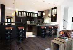University Park Modern Bungalow - Kitchen