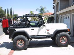 """Jeep CJ7 = .dream car #2 all she needs is tan leather interior, a bikini rag top and a license plate in pink neon that says """"y que"""" ;) if you don't know me, you won't get it."""