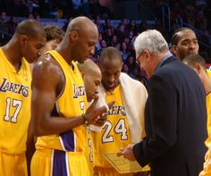 Lakers Rumors: Phil Jackson back to Los Angeles? - http://www.sportsrageous.com/nba/lakers-rumors-phil-jackson-back-to-los-angeles/7053/