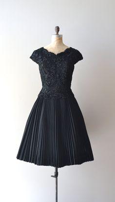 1950s dress / black lace 50s dress / Magic Moment dress
