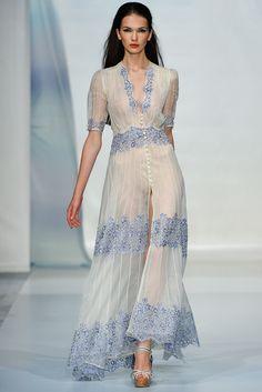Luisa Beccaria Spring 2014 Ready-to-Wear Fashion Show - NanangCe ~ Runway Fashion, High Fashion, Fashion Show, Womens Fashion, Milan Fashion, Fashion Fashion, Spring Fashion, Beautiful Gowns, Beautiful Outfits