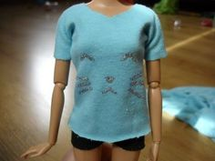 How To Make Barbie T-shirt - Tutorial - YouTube OMG soooo cute! Been looking for a good Barbie shirt tutorial!